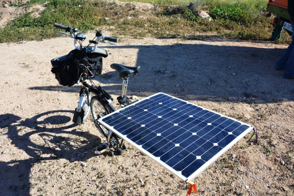 13_01_ Tomen nota los botánicos del siglo XXI, !en sus deplazamientos usen medios de transporte sosteníbles, que el medio ambiente es cosa de todos!