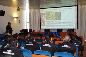 Los agentes medioambientales de la Región de Murcia participan en la gestión de Astragalus nitidiflorus desde su redescubrimiento en 2004.